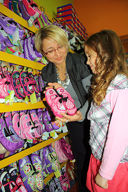 83d8f50f351b6c Buty dla dzieci Toruń   Centrum Obuwia Dziecięcego Krasnal Toruń ...
